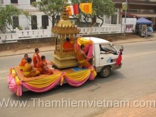 Du lịch Lào: Câu Treo - Viêng Chăn - Văng Viêng - Nậm Ngừm
