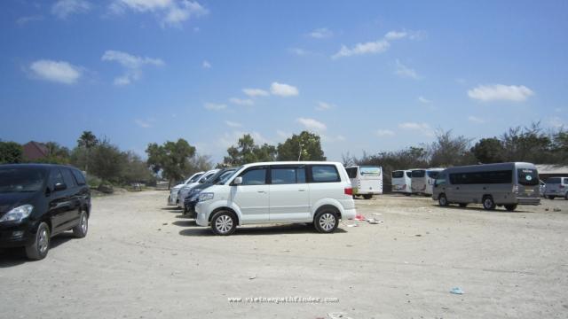 xe 7 chỗ ngồi phục vụ tour bali của đối tác DL Thám hiểm việt nam