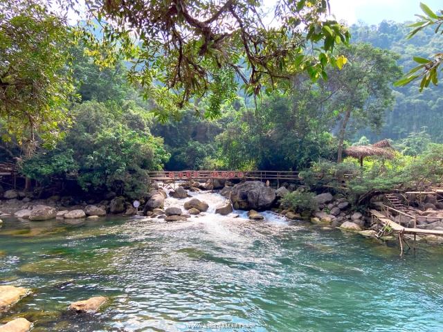 Suối Nước Mọoc - Đồng Hới - Quảng Bình