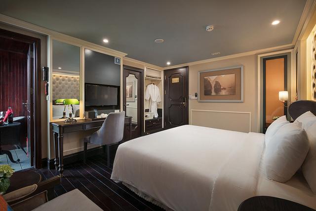 Athena Executive Suite mùa cao điểm du lịch