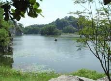Khu du lịch Bửu Long - hồ Long Ẩn