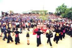 Lễ hội xuống đồng của người Giáy (lễ hội Roóng Poọc)