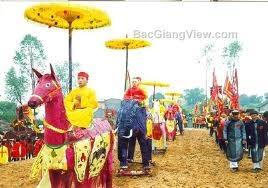 Hội làng Giáp Mai