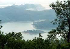 Hồ Yên Lập - Chùa Lôi Âm