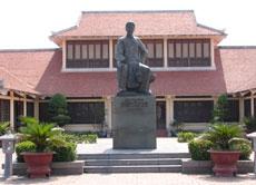 Khu lưu niệm cụ Nguyễn Du