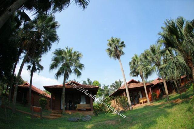 Tour Hà Nội - Chùa Thầy - Thảo Viên  resort  - Hà Nội 1 ngày